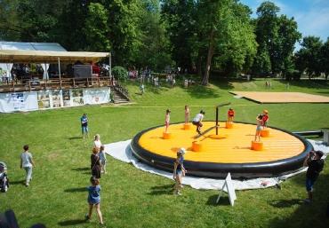 Giganci Wipeout Planet - gigantyczne dmuchane tory przeszkód na twoją imprezę (106)