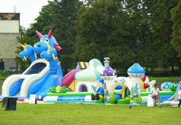 Mali Giganci Wipeout Planet - dmuchańce dla dzieci - zjeżdżalnie dmuchane (12)