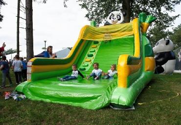Mali Giganci Wipeout Planet - dmuchańce dla dzieci - zjeżdżalnie dmuchane (16)