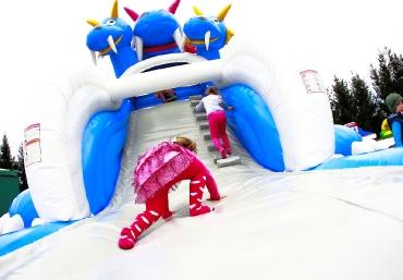 Mali Giganci Wipeout Planet - dmuchańce dla dzieci - zjeżdżalnie dmuchane (2)