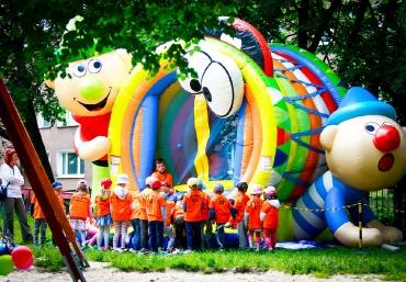 Mali Giganci Wipeout Planet - dmuchańce dla dzieci - zjeżdżalnie dmuchane (40)