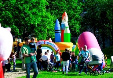 Mali Giganci Wipeout Planet - dmuchańce dla dzieci - zjeżdżalnie dmuchane (42)