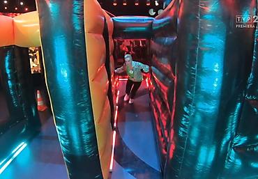 gigantyczny dmuchany tor przeszkód Rubikon arena (23)